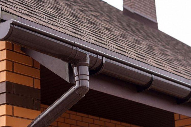 Как выбрать водосточные системы для крыши